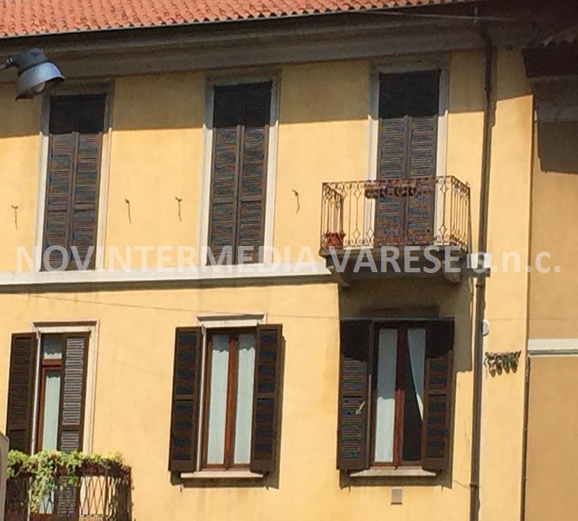 Ufficio / Studio in vendita a Varese, 4 locali, zona Zona: Centro, prezzo € 170.000 | CambioCasa.it