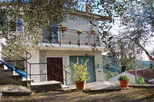 Casa indipendente in ottime condizioni. Richiesta Euro 195.000
