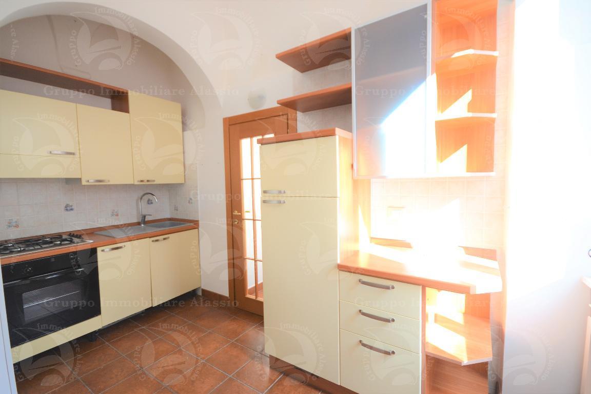 Luminoso appartamento in Borgo Coscia