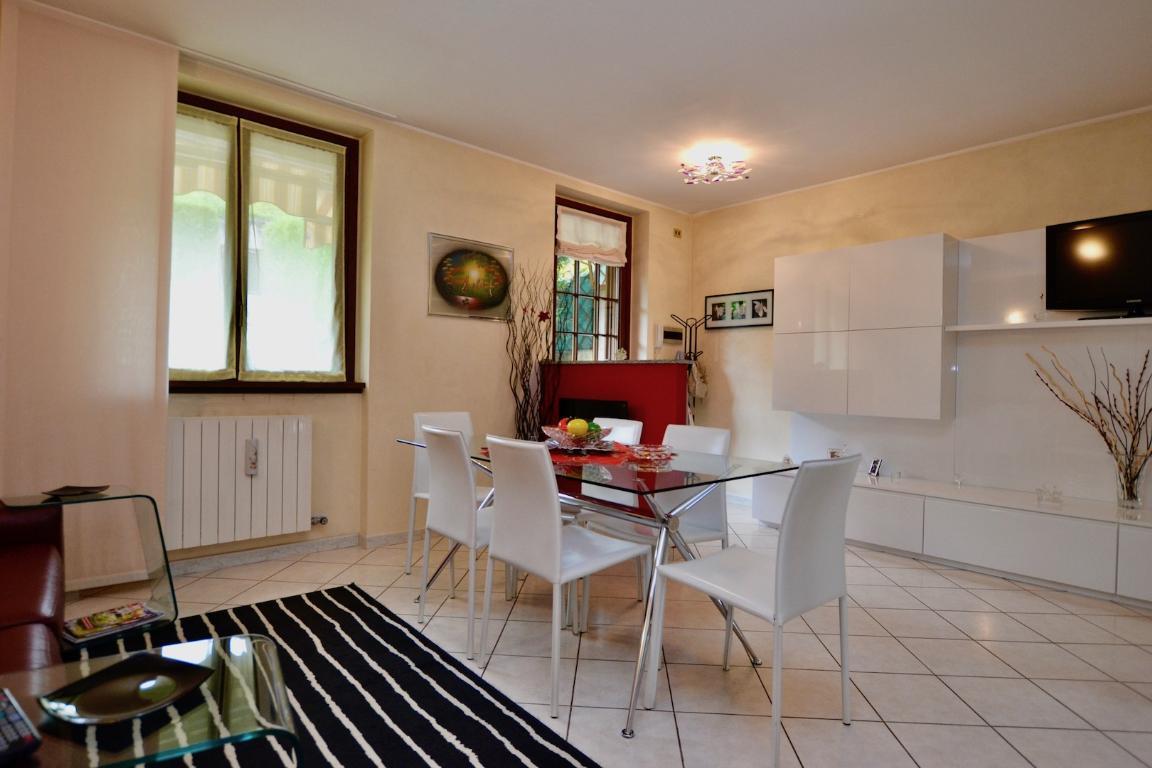 Appartamento in vendita a Pontida, 3 locali, prezzo € 160.000   CambioCasa.it