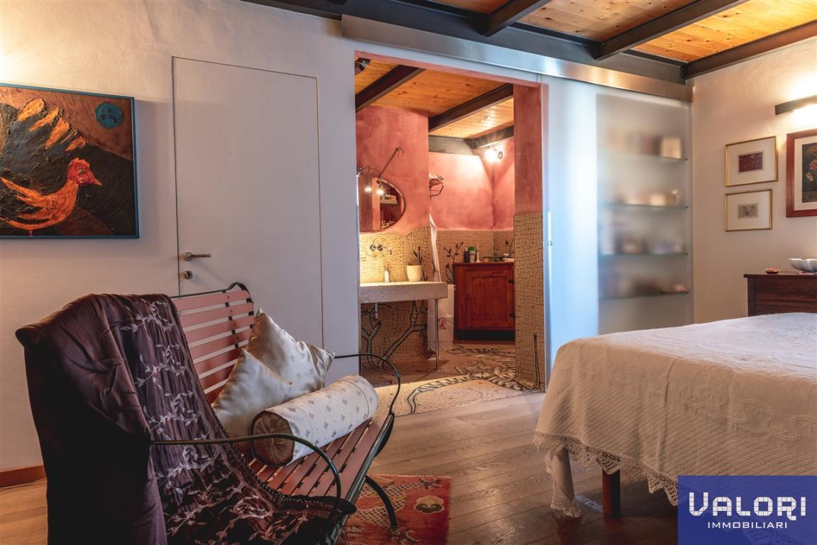 Appartamento in vendita a Faenza, 6 locali, zona Località: Vicinanze Piazza, prezzo € 570.000 | CambioCasa.it