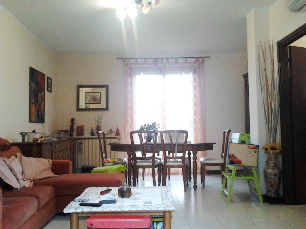 Appartamento in vendita a Pozzo d'Adda, 3 locali, prezzo € 125.000 | CambioCasa.it