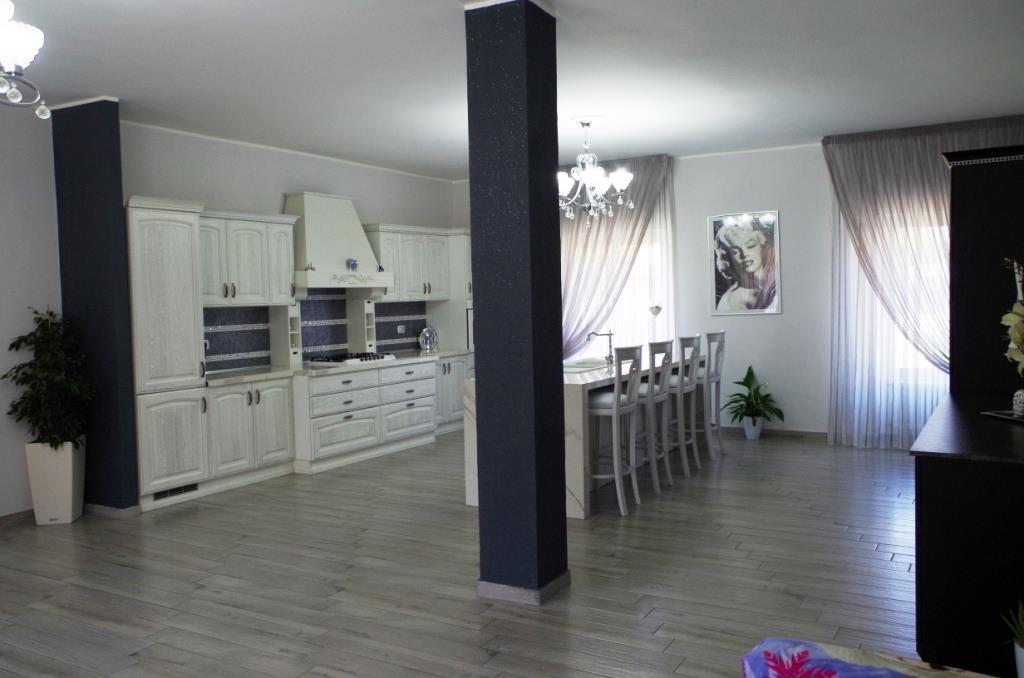 Villa in vendita a Grezzago, 5 locali, prezzo € 499.000 | PortaleAgenzieImmobiliari.it