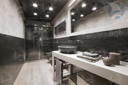 Appartamento ristrutturato con materiali di ultima generazione