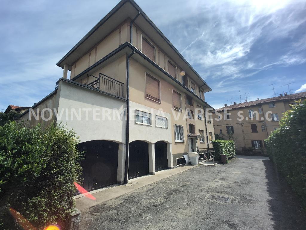 Appartamento in vendita a Varese, 3 locali, prezzo € 125.000 | CambioCasa.it