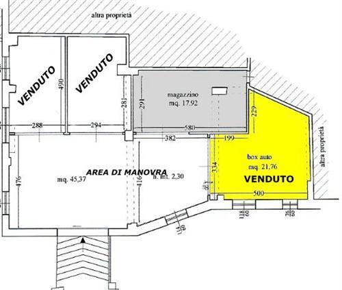 RIF.-02VE12-box zona centro paese Per info : Paolo 329/4810066 Roberto 338/7129925