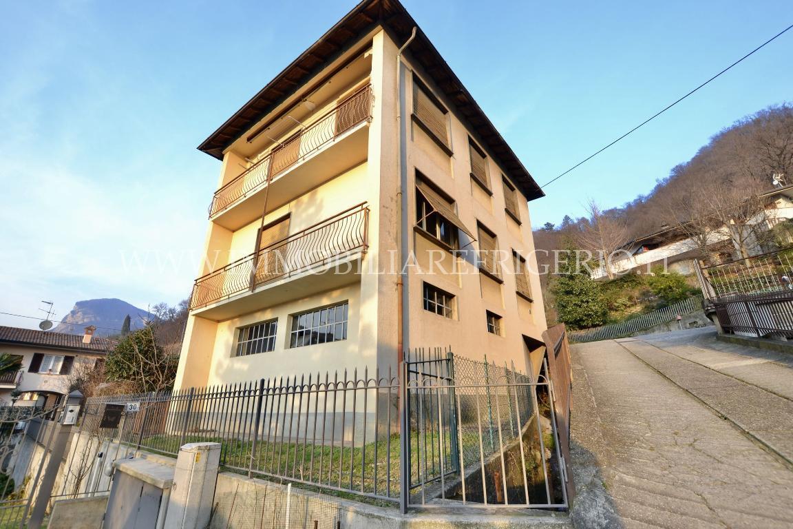 Vendita casa indipendente Calolziocorte superficie 175m2