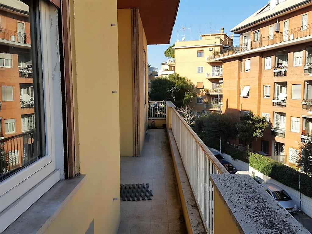 affitto appartamento a roma in via emilio praga quartiere