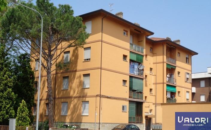Appartamento in vendita a Faenza, 3 locali, zona Località: ZONA STAZIONE, prezzo € 80.000 | CambioCasa.it