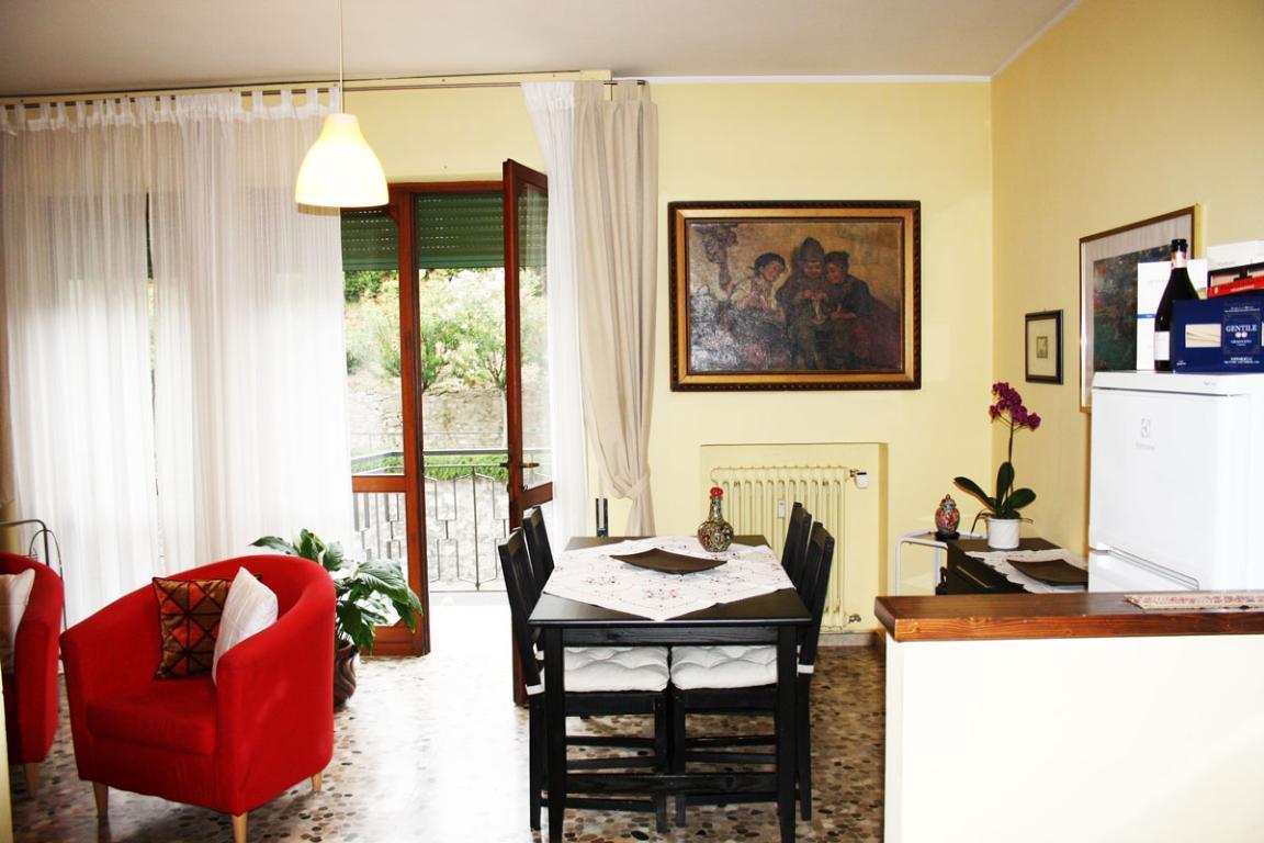 Appartamento bilocale vistalago a Gardone Riviera.