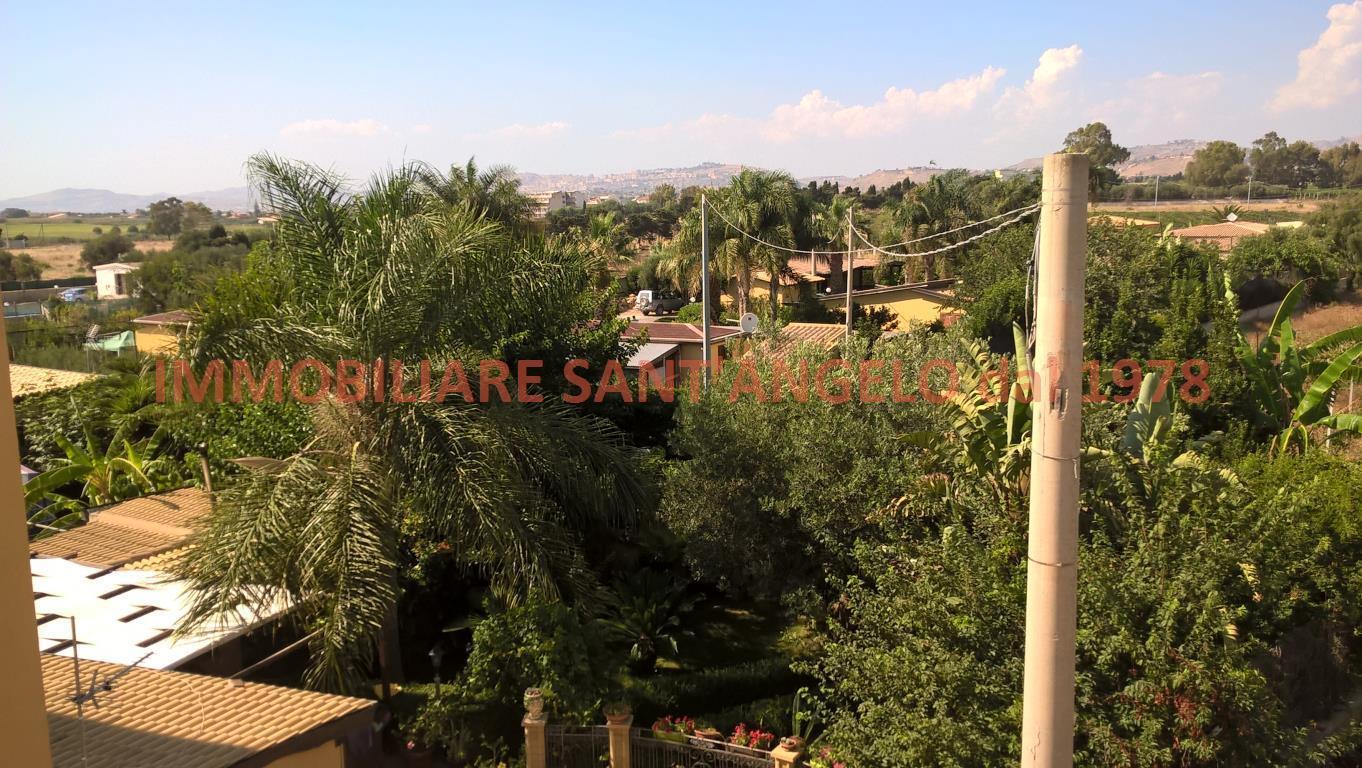 Appartamento in vendita a Agrigento, 4 locali, zona Località: Baia D'Ulisse, prezzo € 83.000 | CambioCasa.it