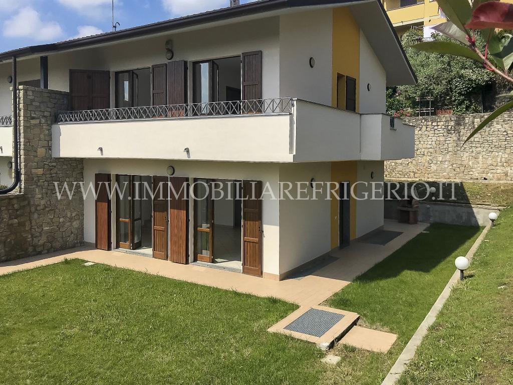 Vendita villa bifamiliare Cisano Bergamasco superficie 230m2
