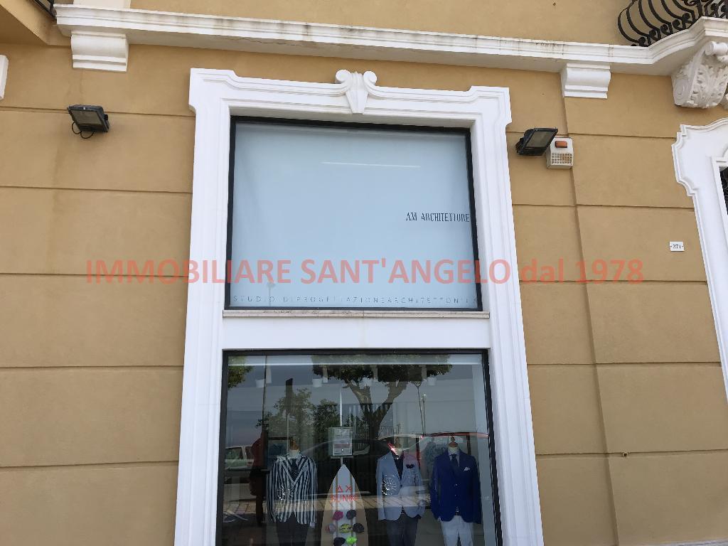 Ufficio / Studio in vendita a Agrigento, 2 locali, zona Località: VIALE, prezzo € 125.000   CambioCasa.it