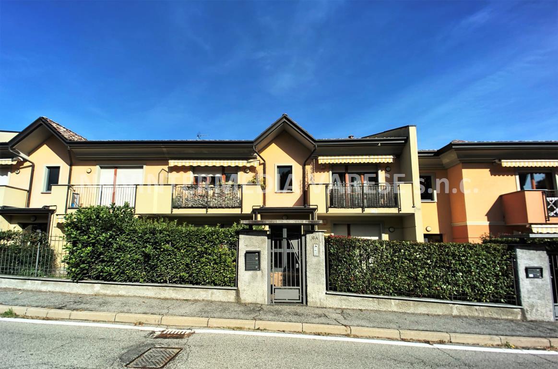 Appartamento in vendita a Laveno-Mombello, 2 locali, prezzo € 98.000 | CambioCasa.it