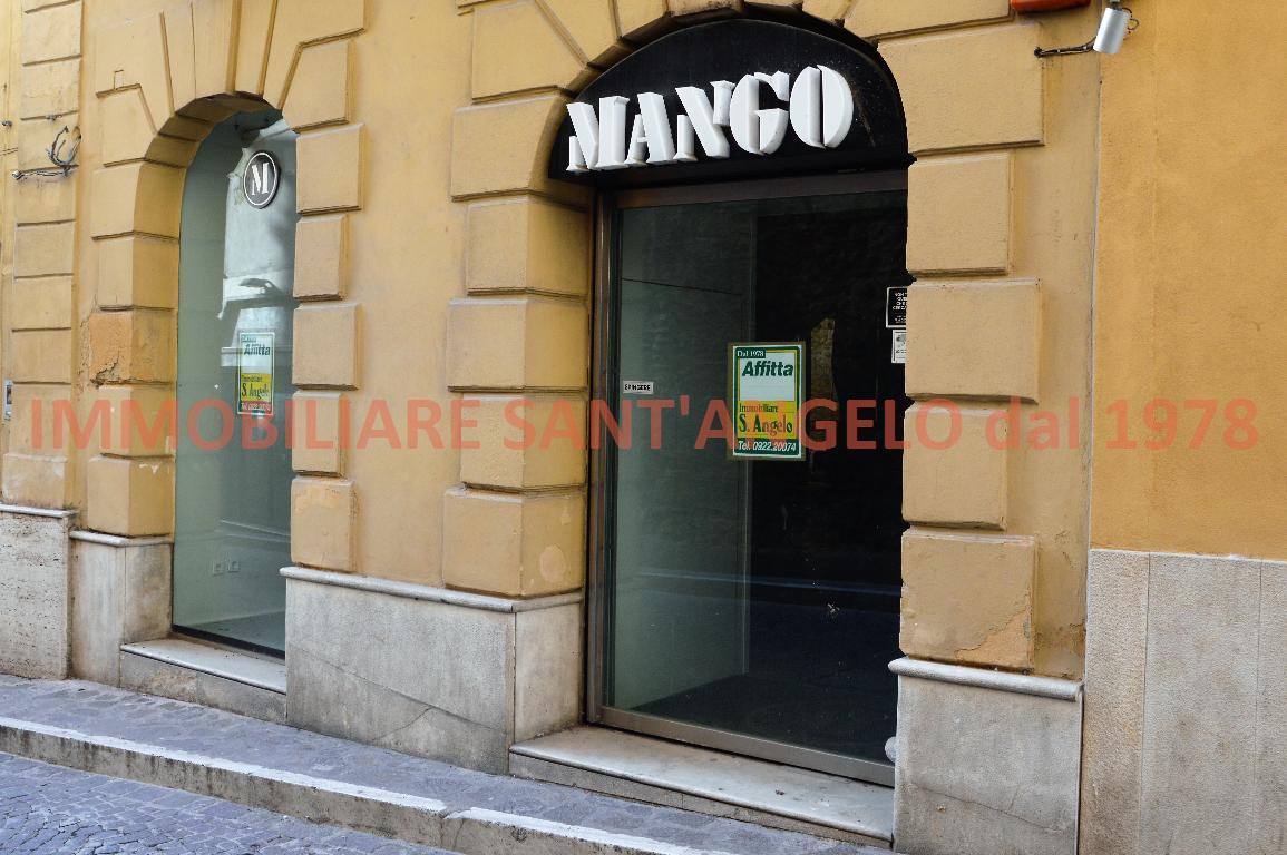 Immobile Commerciale in affitto a Agrigento, 10 locali, zona Località: Centro storico-Atenea, prezzo € 1.450 | CambioCasa.it