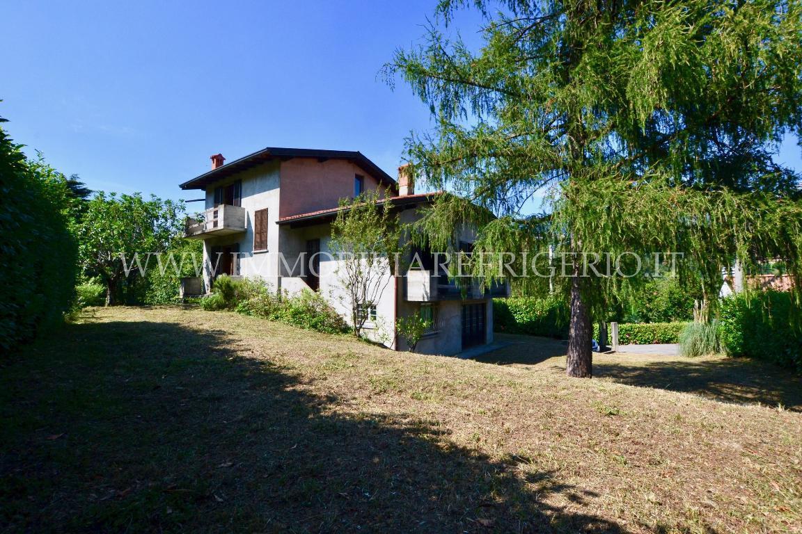 Vendita villa singola Cisano Bergamasco superficie 309m2