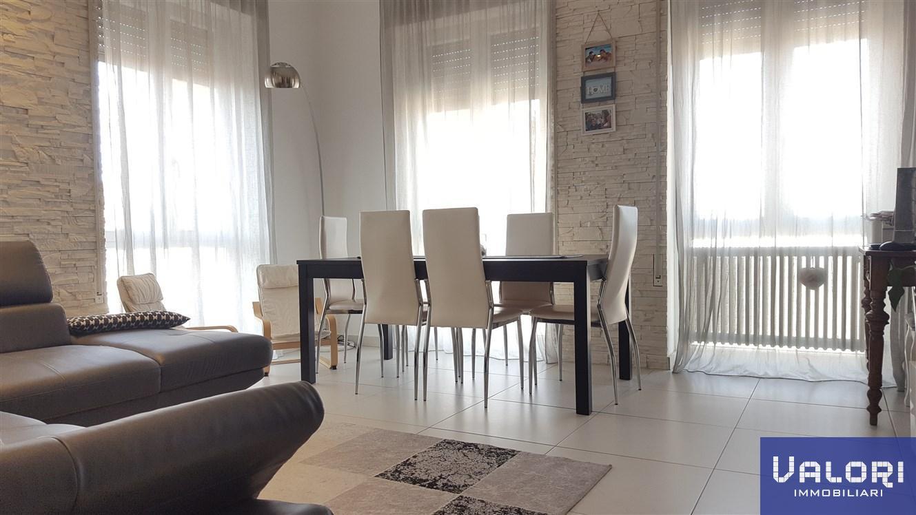 Appartamento in vendita a Faenza, 4 locali, prezzo € 228.000 | CambioCasa.it