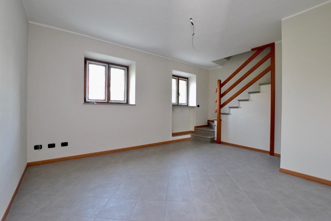 Villa a Schiera in vendita a Caprino Bergamasco, 3 locali, zona Zona: Sant'Antonio, prezzo € 125.000 | CambioCasa.it