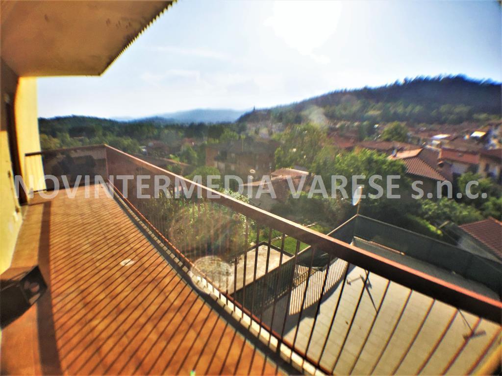 Appartamento in vendita a Caravate, 3 locali, prezzo € 75.000 | PortaleAgenzieImmobiliari.it