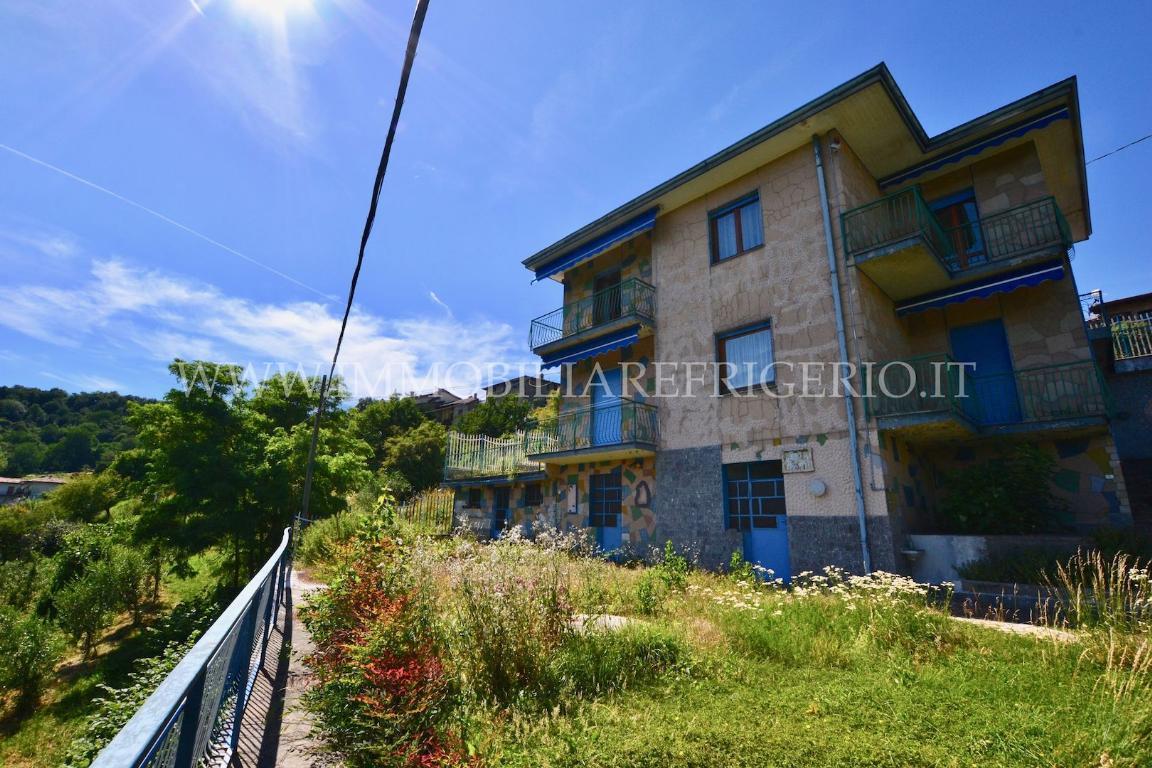 Villa in vendita a Pontida, 4 locali, zona Località: Riviera, prezzo € 240.000   CambioCasa.it