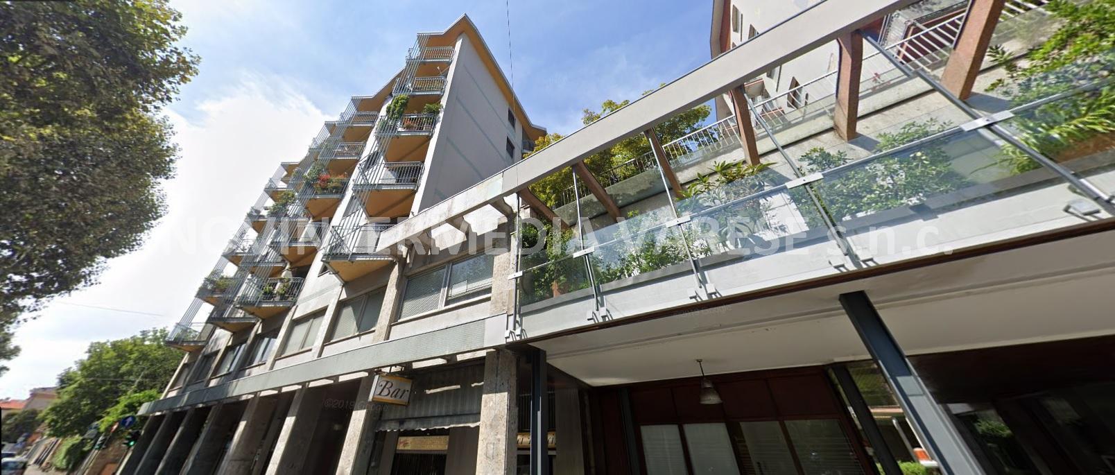Appartamento in vendita a Varese, 3 locali, prezzo € 180.000   CambioCasa.it
