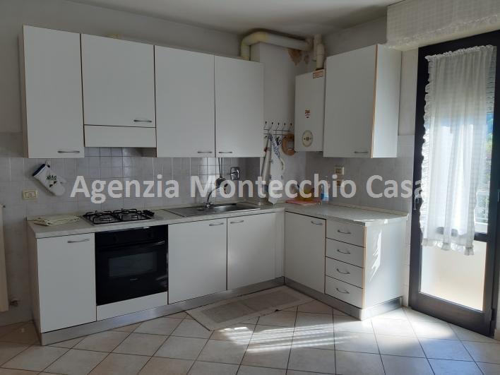 Appartamento in vendita a Urbino, 5 locali, prezzo € 170.000 | CambioCasa.it