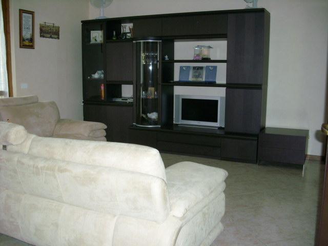 Appartamento in vendita a Pozzo d'Adda, 4 locali, prezzo € 180.000 | CambioCasa.it
