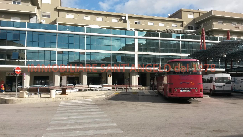 Negozio / Locale in affitto a Agrigento, 1 locali, zona Zona: Centro, prezzo € 3.000 | CambioCasa.it