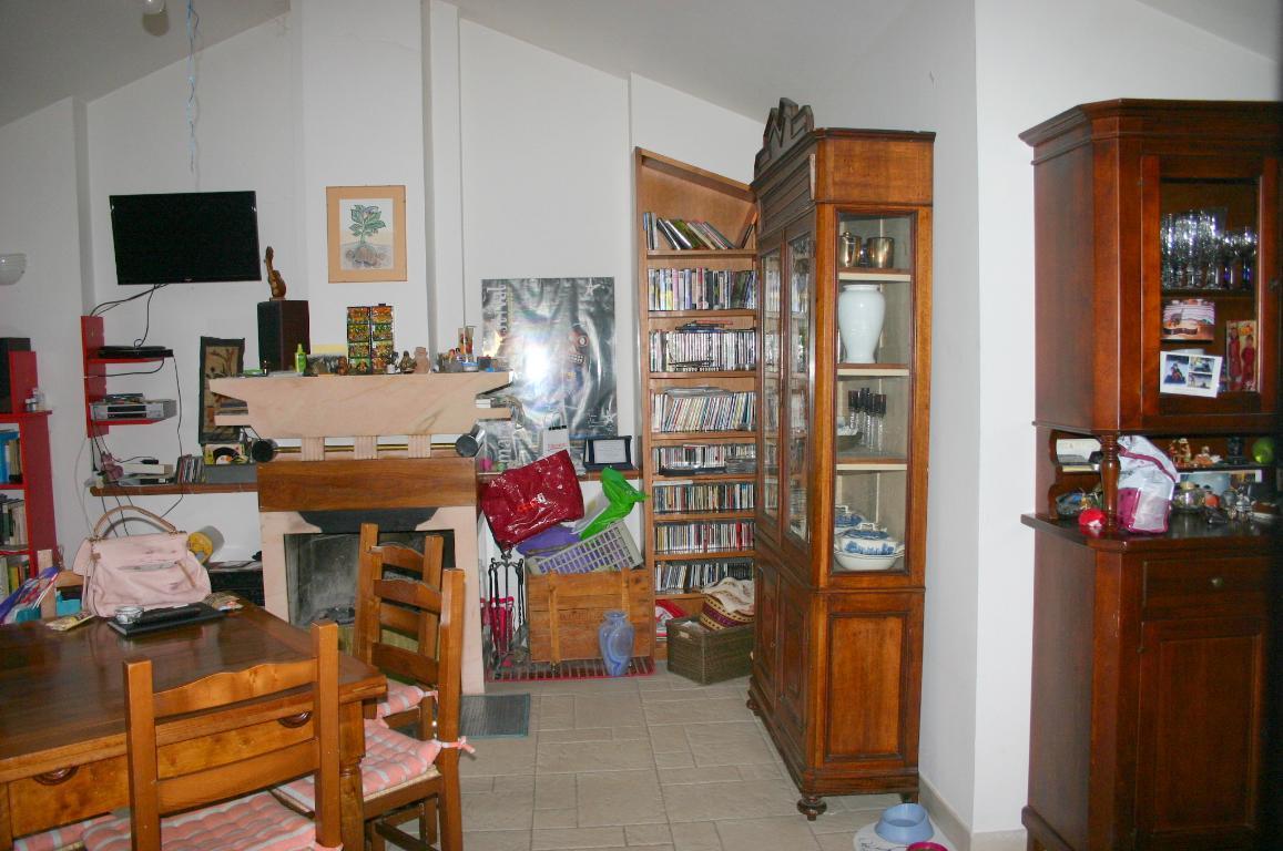 Vendesi Appartamento a Siena