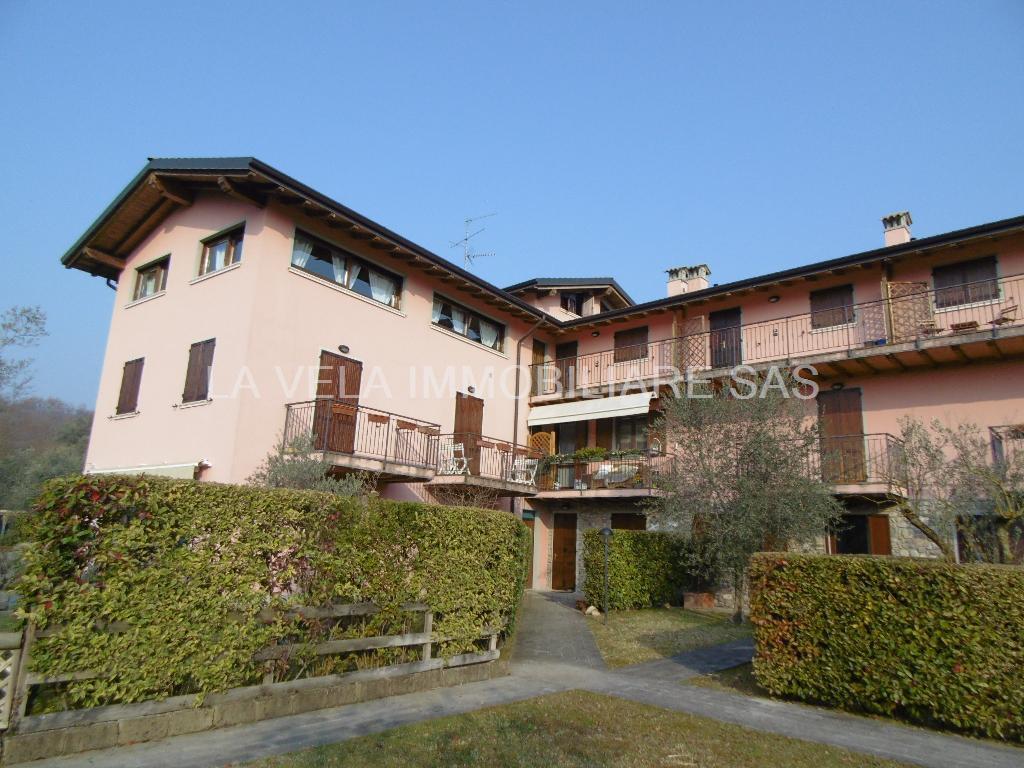 Appartamento in vendita a Salò, 3 locali, prezzo € 260.000 | CambioCasa.it