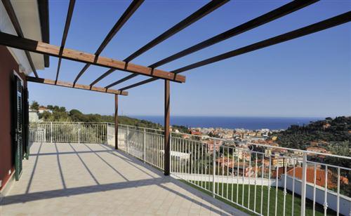 Splendida villa nuova con vista mare mozzafiato