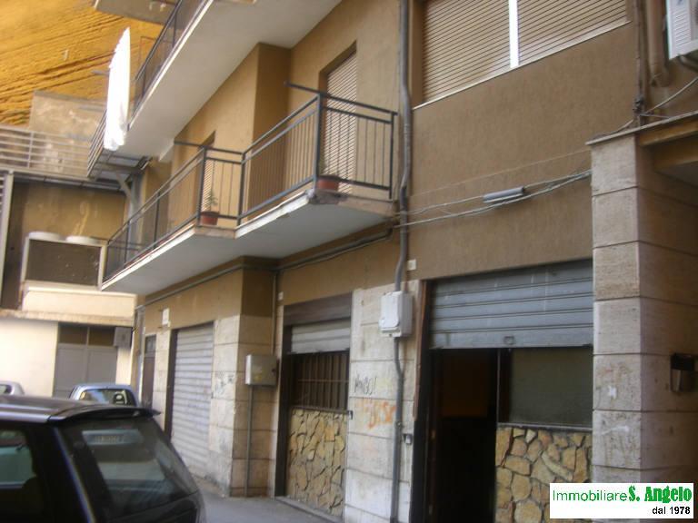 Negozio / Locale in vendita a Agrigento, 5 locali, zona Località: Viale della Vittoria, Trattative riservate | CambioCasa.it