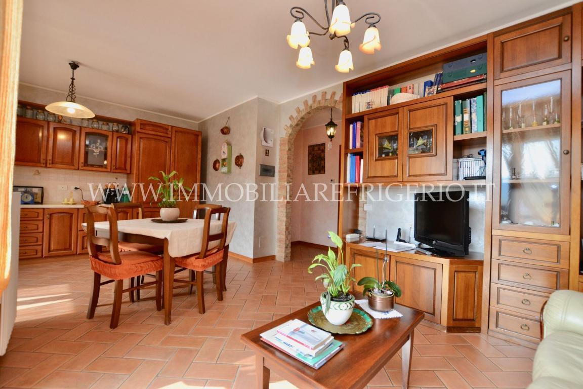 Vendita appartamento Caprino Bergamasco superficie 100m2
