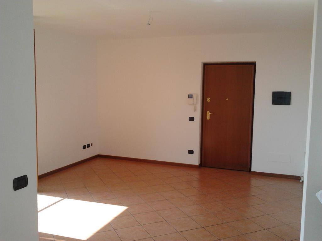 Appartamento in vendita a Trezzano Rosa, 3 locali, prezzo € 120.000 | PortaleAgenzieImmobiliari.it