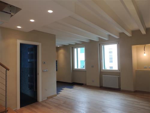 Laigueglia proponiamo nel caratteristico centro storico di Laigueglia, nuovo alloggio su due livelli
