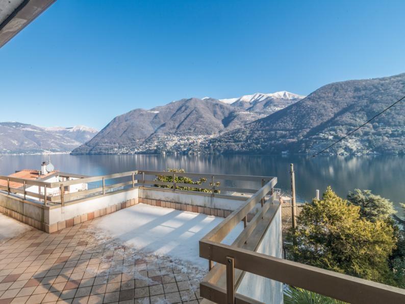 Villa in vendita a Brienno, 7 locali, zona Località: Via Regina Alta alle porte di Brienno, prezzo € 660.000 | CambioCasa.it