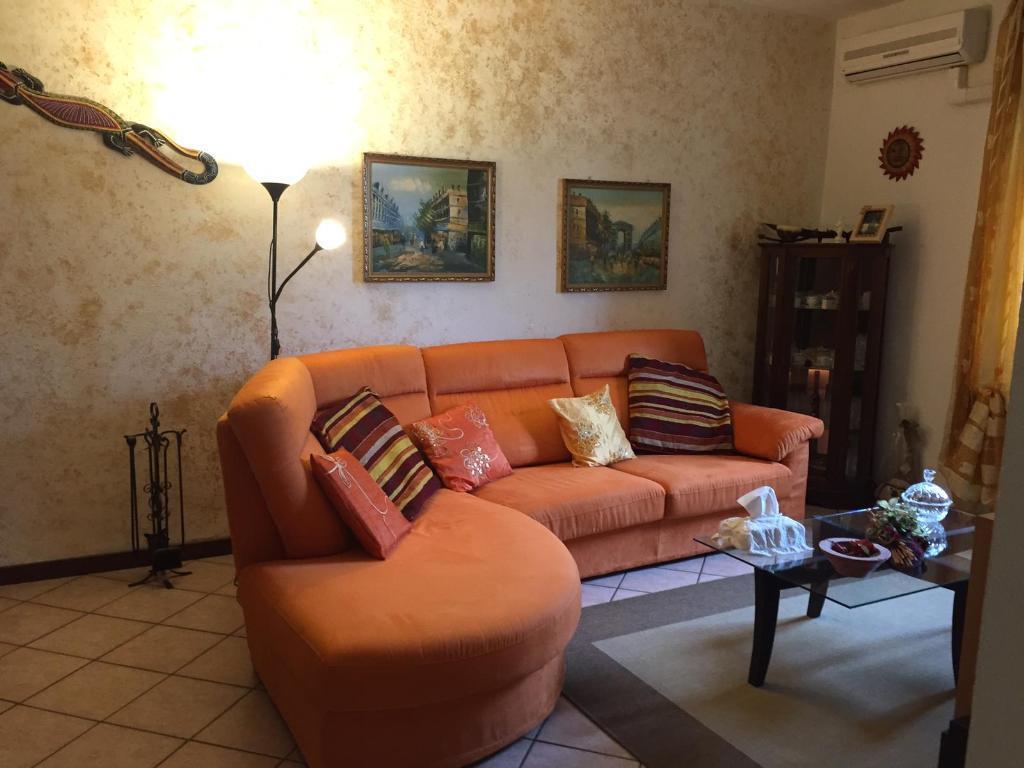 Appartamento in vendita via Rasella 1 Vaprio d'Adda