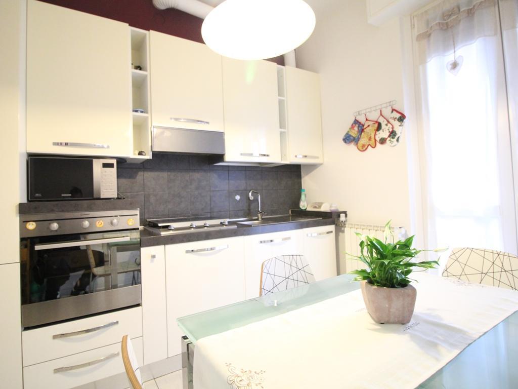 Appartamento in vendita Via XXV Aprile 7 Barzanò